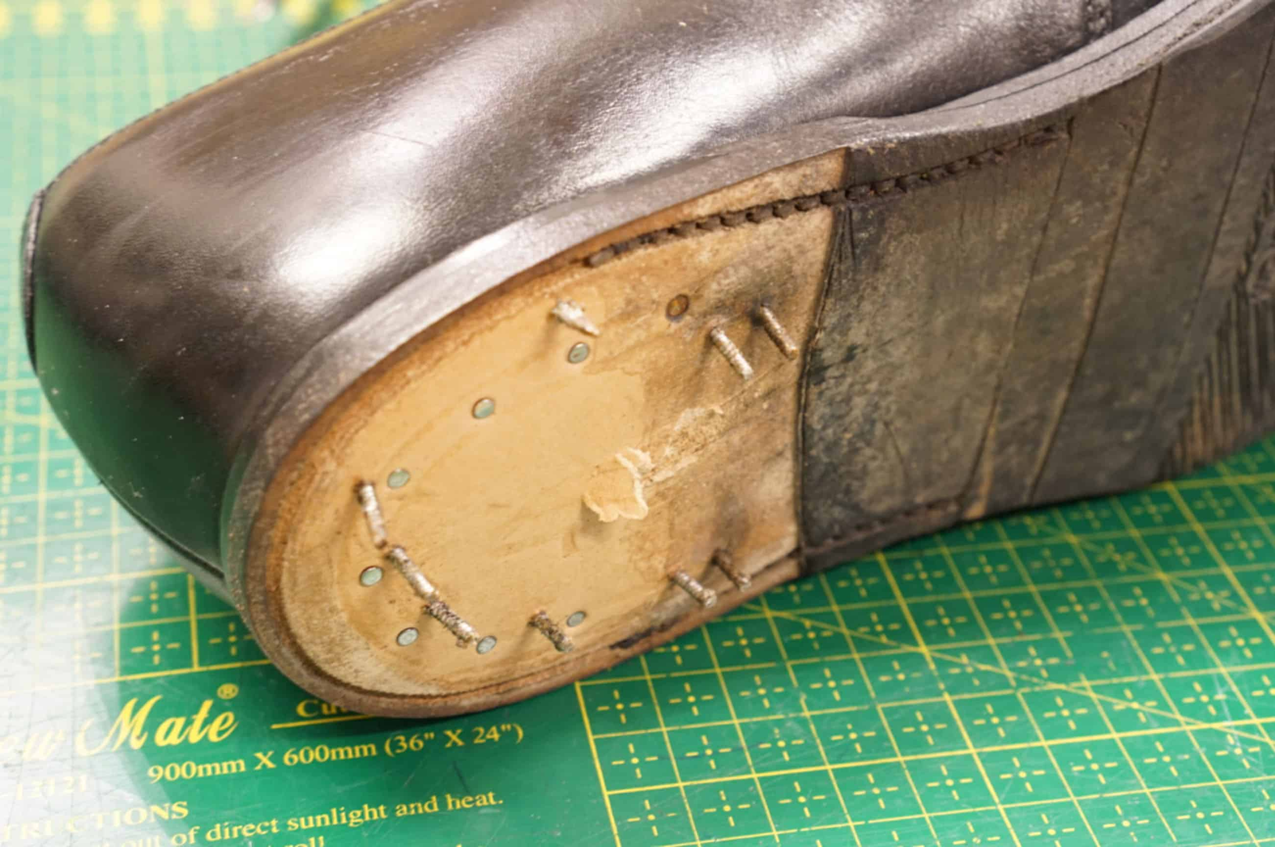 Here The Heel Of Loake Shoe Has Been Pulled Off As You Can See Sole Stitch Goes Just Back To Where Starts A So Called 270